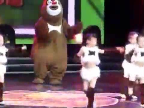 幼儿元旦舞蹈表演视频大全21:大熊猫