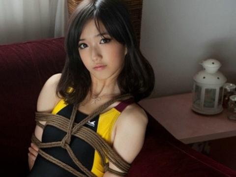 【美女】超级捆绑美眉手法都学