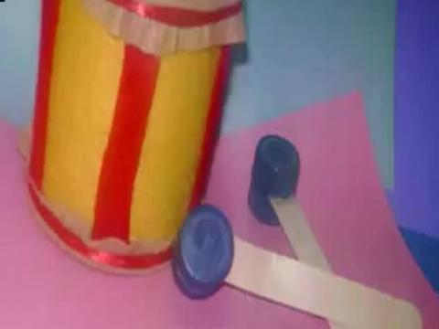 com [西班牙语幼儿园儿童手工教程]制作纸盘闹钟[kebu 宽448x252高 r4